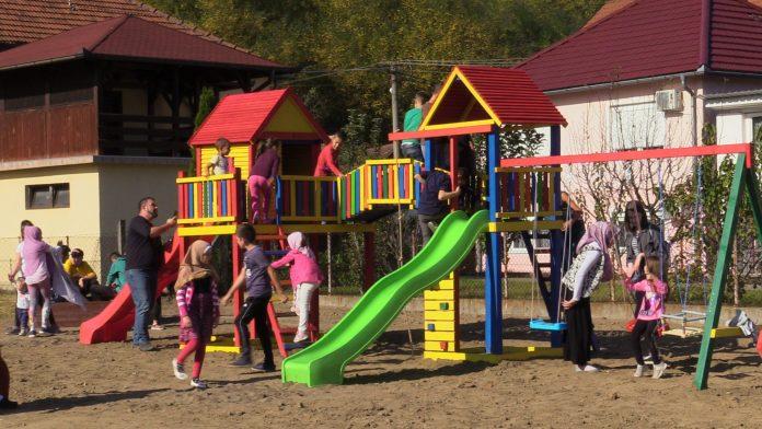 Kozluk – otvoreno igralište – igraonica za djecu